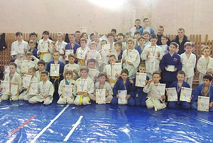 Тихвинские спортсмены завоевали «золото» и «бронзу»