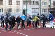 Юные тихвинцы выходят гулять и занимаются спортом